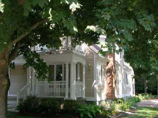 Front of House - Heart of old town, walk to everything, spacious - Niagara-on-the-Lake - rentals