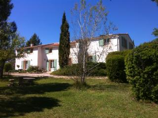 Provence - Stunning 6 bed property, heated pool - Cucuron vacation rentals