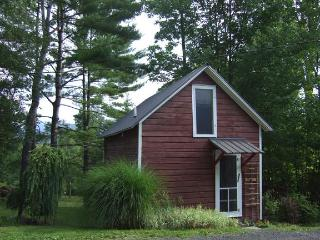 Private Cottage with Stunning Mountain Views - Woodstock vacation rentals