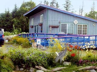 Garden Shed Cottage: 2 bdrm, 2 blocks from beach - Alaska vacation rentals