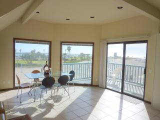 South Mission Beach Ocean Front Walk Luxury Home - Mission Beach vacation rentals
