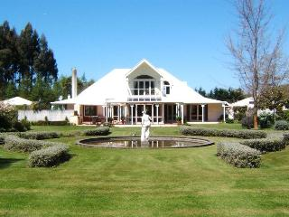 Oakhampton Lodge - Kaiapoi vacation rentals