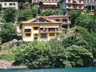 Villetta Rosina 5 APARTMENT (Lakefront property) - Lake Como vacation rentals