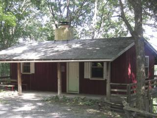 Arrowmont Stables & Cabins - Cullowhee vacation rentals