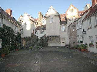 Old Town Apartments - Edinburgh vacation rentals