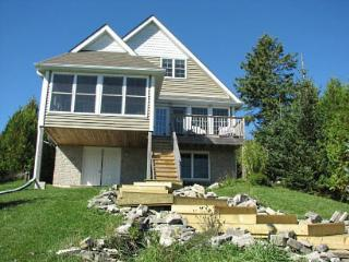 Sunny Oasis cottage (#661) - Lions Head vacation rentals