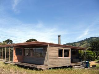The Shoe Box Mid Century Modern - Stinson Beach vacation rentals