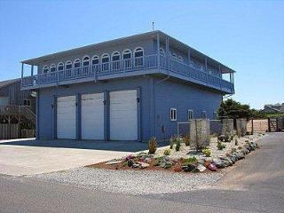 4BR Luxury Home--Grt. Views, Elevator, RV pkg - Bandon vacation rentals