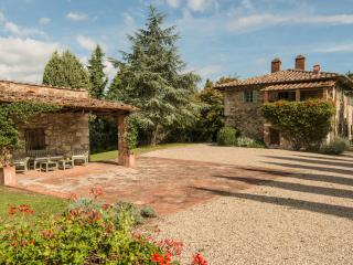 Beautiful Farmhouse in the Chianti Near Town - Casa Radda - Radda in Chianti vacation rentals
