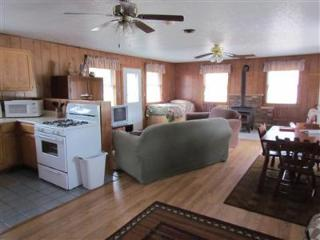 Kishauwau Cabins near Starved Rock Utica IL T.P. - Illinois vacation rentals