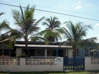 entrance - Mike's Holiday Apartments, Barbados - Silver Sands - rentals