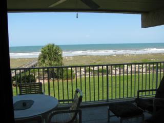 Amelia Island Oceanfront Great Views w/beach chairs Fernandina - Fernandina Beach vacation rentals
