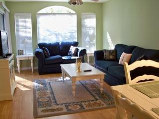 WELCOME Y'ALL-Pools ,Golf ,Wi Fi, 5 min. to Beach - Pawleys Island vacation rentals