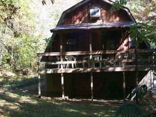 Camplins Cumberland Retreat - Monticello vacation rentals
