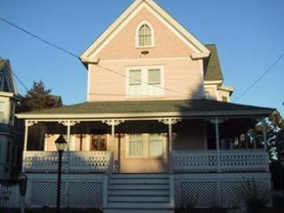 Charming 5 Bedroom/3 Bathroom House in Cape May (3857) - Image 1 - Cape May - rentals