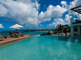 L'OASIS... OMG! Heavenly, Super Deluxe beachfront estate has everything!! - Baie Rouge vacation rentals