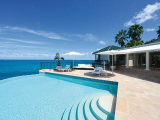 LA DACHA... Luxurious 5 bedroom oceanfront villa estate perfect for Entertaining Family or a Group of Friends! - Baie Rouge vacation rentals