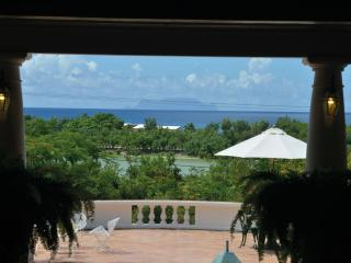 LES ZEPHYRS... casual, confortable family villa, gorgeous gardens! - Terres Basses vacation rentals