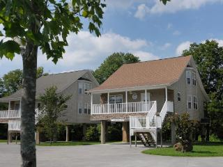 MOUNTAIN RIVER - Sevierville vacation rentals