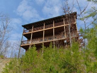 SCENIC SERENITY - Sevierville vacation rentals