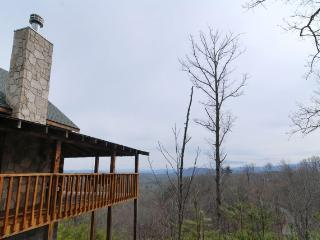 BUCK NAKED - Sevierville vacation rentals