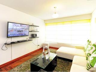 Great Location !!  Brand new apartment - Lima vacation rentals