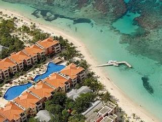 1 BR/1 BA Infinity Bay, Luxurious Resort  Roatan - West Bay vacation rentals