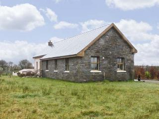POULNASHERRY LODGE, pet friendly, country holiday cottage, with a garden in Kilkee, County Clare, Ref 4600 - Kilkee vacation rentals