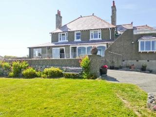 ANGORFA, character holiday cottage, with a garden in Cemaes Bay, Isle Of Anglesey, Ref 5636 - Island of Anglesey vacation rentals