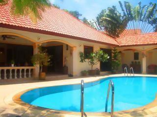 Stunning Luxury 3Bed Villa with 2 Guest Apartments - Rawai vacation rentals