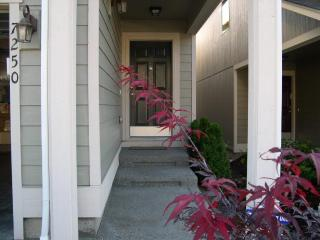 TACOMA/PUYALLUP/PUGET SOUND VACATION RENTAL HOME - Puyallup vacation rentals