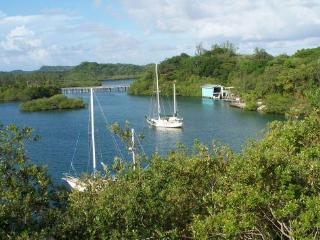 Your Caribbean Island Getaway! - Bay Islands Honduras vacation rentals