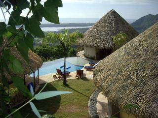Candelilla Private Estate-Rates based on # People - Ojochal vacation rentals