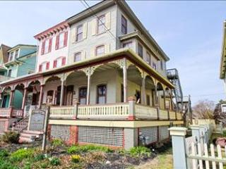Nice 1 BR/1 BA House in Cape May (101007) - Image 1 - Cape May - rentals