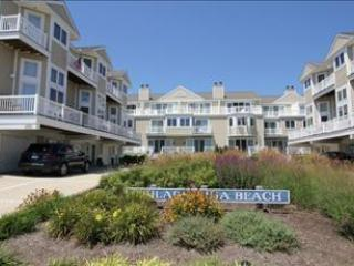 Idyllic Condo with 3 BR, 3 BA in Cape May (5937) - Image 1 - Cape May - rentals