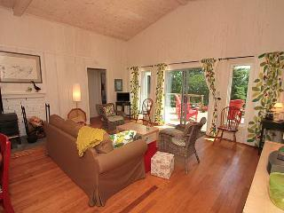 Cove Cottage (#663) - Lions Head vacation rentals