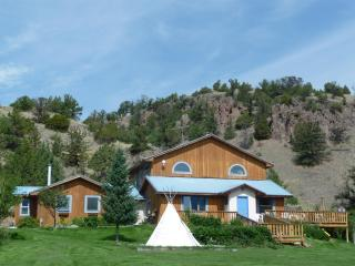 Playful Mountain Home*Hottub*Trampoline*Swingset*! - Emigrant vacation rentals
