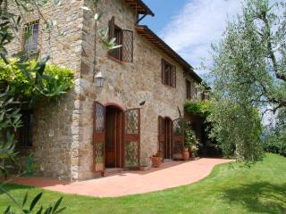 Farmhouse for Family on Tuscany and Umbria Border - Villa Ficulle - Umbria vacation rentals