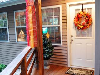 Shabby Chic Mountain Cottage in Maggie Valley, NC - Maggie Valley vacation rentals
