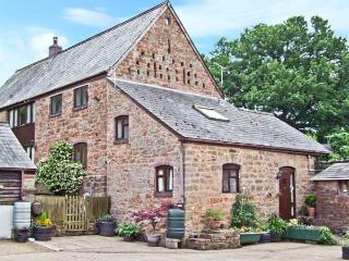 ROCKLANDS FARM, country holiday cottage, with a garden in Goodrich, Ref 5666 - Goodrich vacation rentals