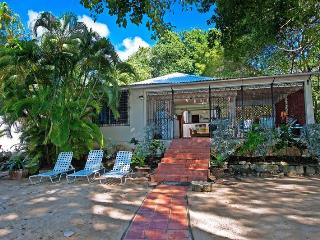 3BRM beach house on Mullins Beach, great value - Saint Peter vacation rentals