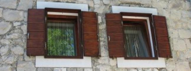 Apartment Sara in an authetic stone house - Image 1 - Split - rentals