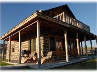 Beautiful Log Home in the Centennial Valley - Lima vacation rentals
