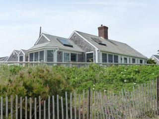 Dennis Seashores Cottage 17 Oceanfront - 4 BR 3BA - Dennis Port vacation rentals
