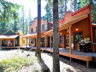 Unique Riverside Escape nestled on 5 acres with 4BR and 3.5BA! FREE Nights! - Cle Elum vacation rentals