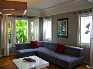 6th Avenue Venice Sanctuary borders Santa Monica - Venice Beach vacation rentals