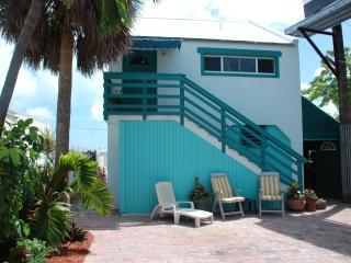 Palm Place - Affordable waterfront w/Huge Deck! - Marathon vacation rentals
