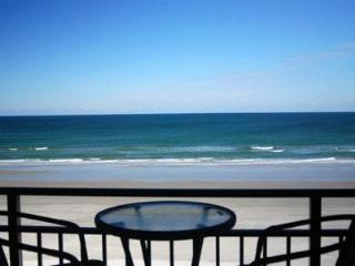 Hawaiian Inn Oceanfront - $400/wk Last Minute - Daytona Beach vacation rentals