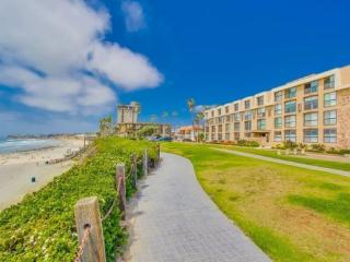 Bree's Ocean Point Penthouse - San Diego vacation rentals
