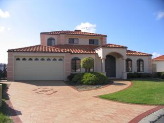 Perth Holiday Villas - Ocean front with heated spa - Perth vacation rentals